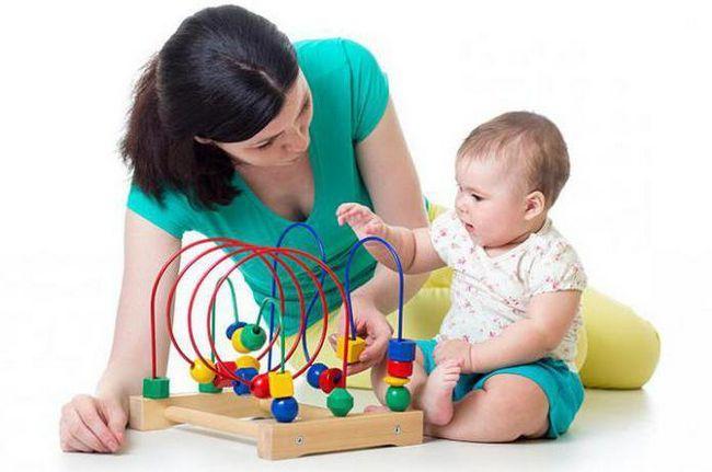 дитина 9 місяців розвиток харчування режим