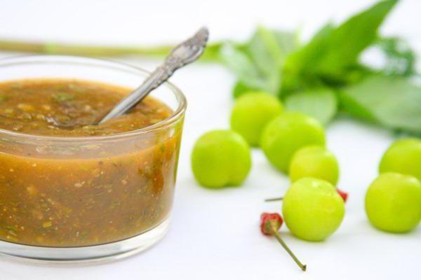 Фото - Рецепт сливового соусу до м'яса: грузинська і китайська тема