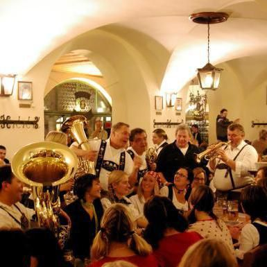 Фото - Ресторани Мюнхен: які заклади обов'язково варто відвідати