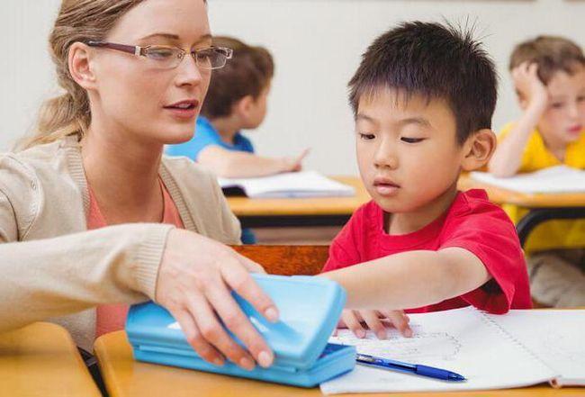 Фото - Ручка для першокласника - як вибрати?