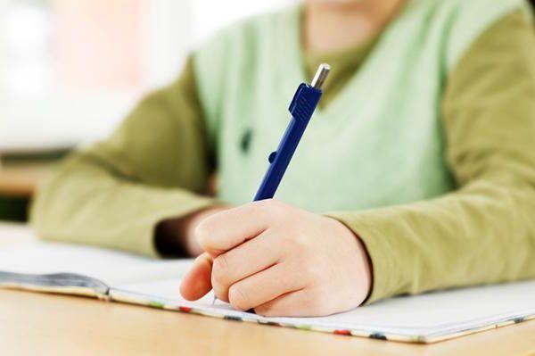 кулькові ручки для першокласників