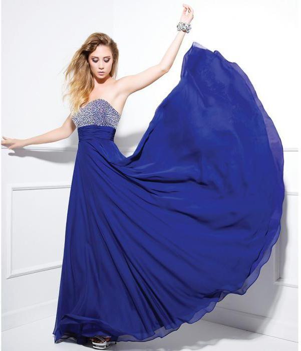 Фото - З чим носити сині сукні в підлогу?