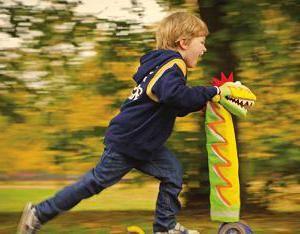 Фото - Самокат триколісний від 2 років. Як вибрати самокат для дитини?