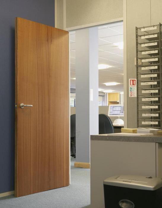 Фото - Шпоновані двері: що це таке і як їх правильно вибрати?