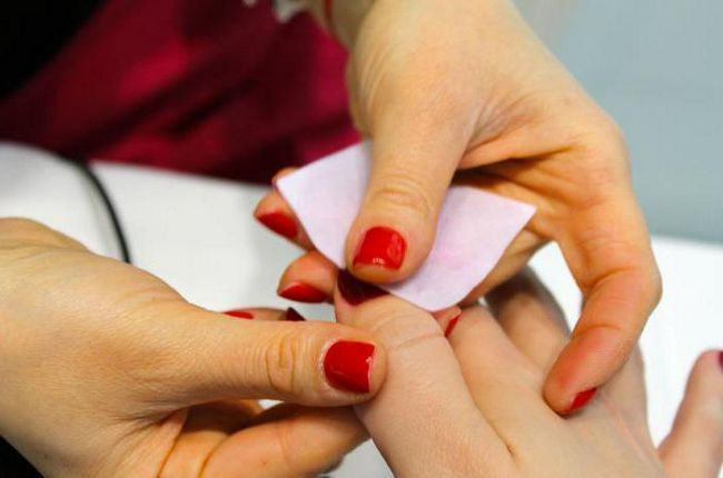 Фото - Скільки тримається гель-лак на нігтях? Вартість манікюру, відгуки