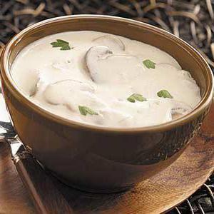 вершковий суп з грибами