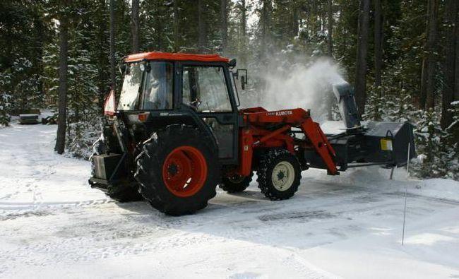 Фото - Снігоочисник шнекороторний: характеристики і фото