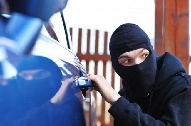 Фото - Сонник: викрали машину. Тлумачення снів