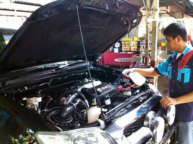 Фото - Засоби для миття двигуна автомобіля: поради щодо вибору та відгуки