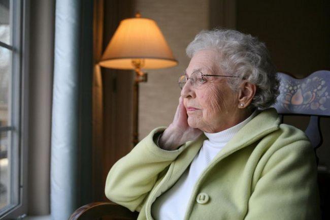 Фото - Старече смуток: як вселити оптимізм в людей похилого віку?