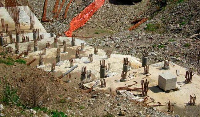 Фото - Пальово-ростверкових фундамент під дерев'яний будинок своїми руками: відгуки