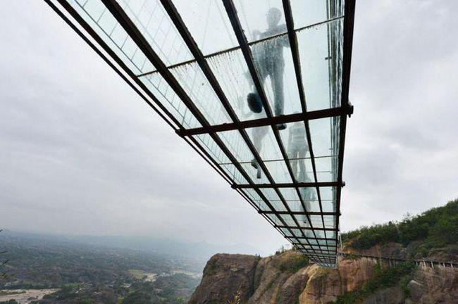 Фото - У Китаї побудують найдовший скляний міст у світі