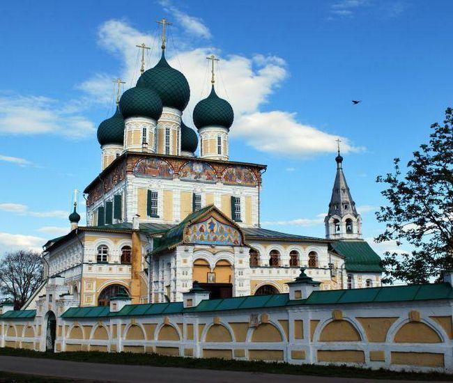 Фото - Воскресенський собор Тутаева: історія, архітектура, внутрішнє оздоблення