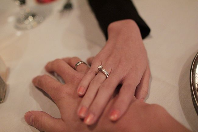 Фото - 9 років весілля. Це якась весілля: фаянсовий або ромашкова?
