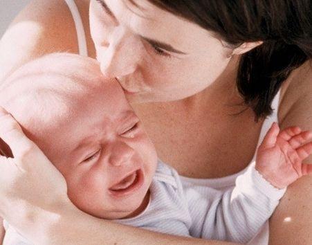 коли у дитини ріжеться зуб