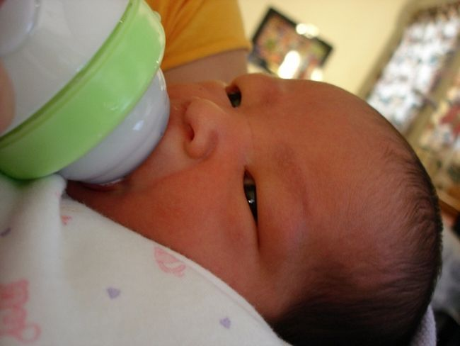 Фото - Газовідвідна трубочка для новонароджених: показання до застосування
