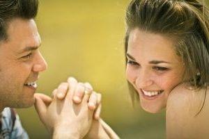 Фото - Як дати зрозуміти чоловікові, що ніжні слова коханій дівчині потрібно говорити часто?