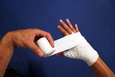 як намотати боксерські бинти 35