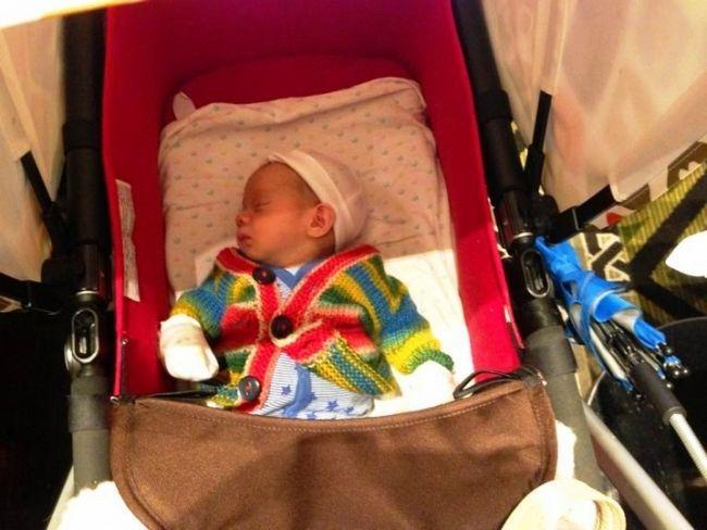 Фото - Як одягти новонародженого на прогулянку влітку, щоб не нашкодити йому