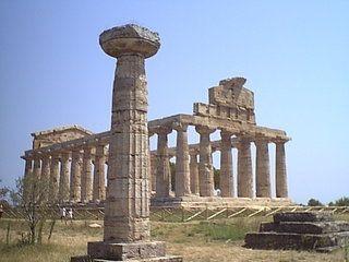 Фото - Як розвивалася капітель колони в грецьких ордерах