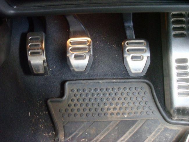 Фото - Які були педалі в машині «Форд-Т»