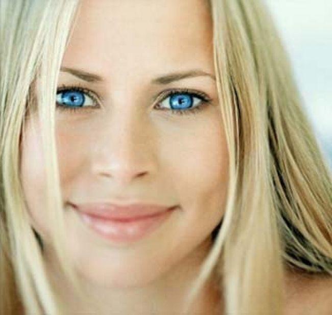 Фото - Який колір волосся для блакитних очей підходить найкраще?