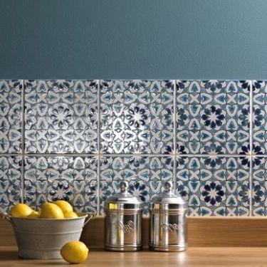 Фото - Керамічна плитка для кухні на фартух: як вибрати підходящий матеріал?