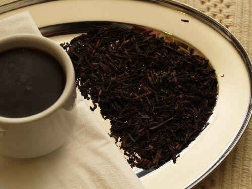 міцний чорний чай