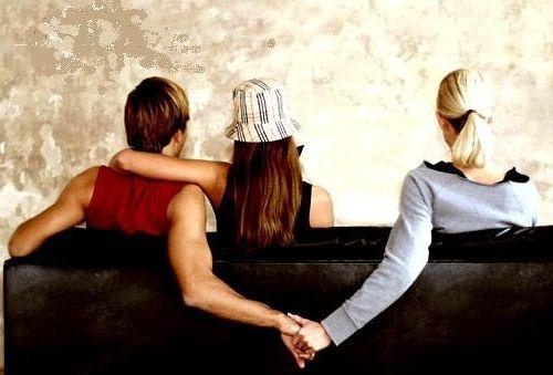 Фото - Чоловік зраджує дружині. Як перевірити чоловіка на зраду? Прощати чи зраду чоловіка?