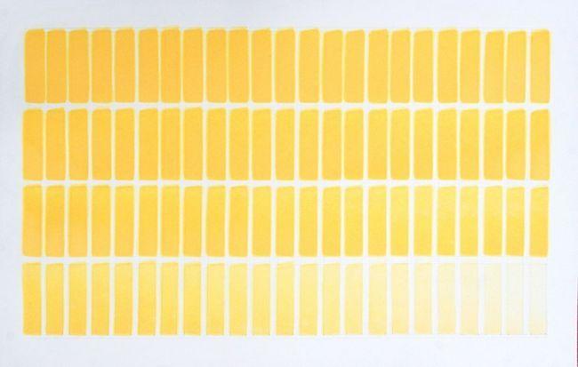 жовтого відтінку
