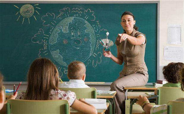 Фото - Професія учитель: плюси і мінуси. Специфіка роботи та вимоги до педагогів.