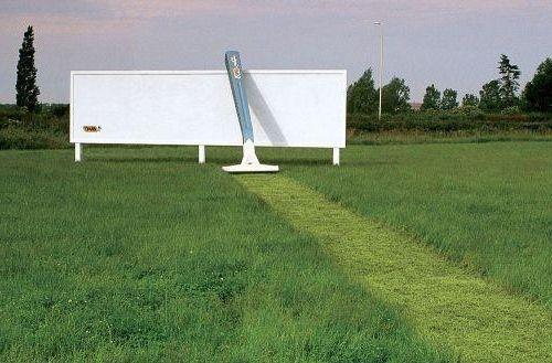 Фото - Реклама: види реклами та їх роль в просуванні товарів і послуг