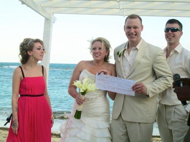Фото - Жартівливі лотереї на весілля: як і коли їх проводять