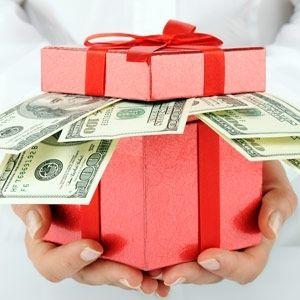 Фото - Скільки дарувати грошей на весілля молодим