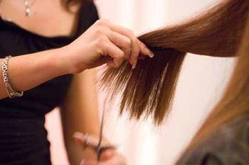 Підстрижене волосся у сні