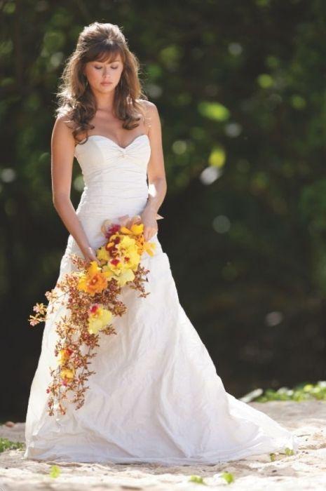 Фото - Весільний букет з орхідей - ідеальне довершення образу нареченої