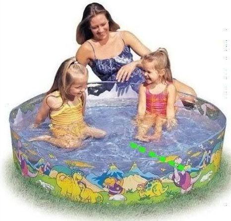 надувний басейн з гіркою для дітей