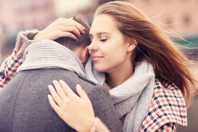 Фото - Що значить уві сні обіймати чоловіка? Сонник розтлумачить