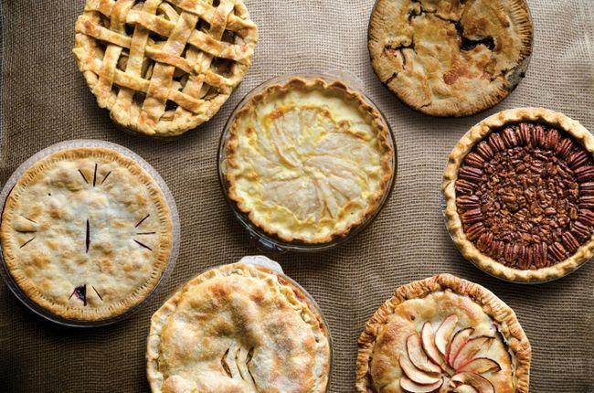 Фото - До чого сниться пиріг з вишнею, з рибою, з м'ясом, з капустою? До чого сниться великий пиріг і солодкий?