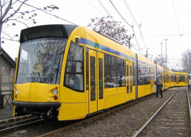 Фото - До чого сниться трамвай? Бачити уві сні поламаний транспорт, аварію з його участю або рейки.