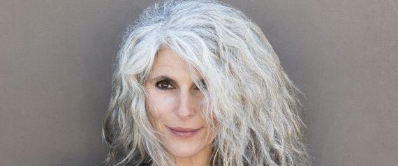 Фото - До чого сняться сиве волосся? Тлумачення сновидінь з сивим волоссям