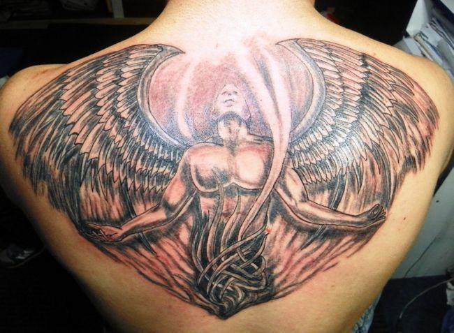 до чого сниться татуювання на спині