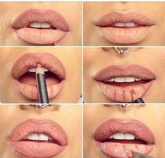 зробити губи гіалуроновою кислотою