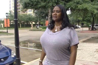 яка жіноча груди подобається чоловікам