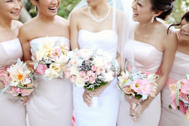 оформлення весілля квітами своїми руками