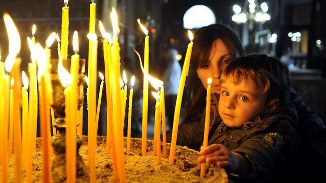 Фото - Великодня свічка як символ свята: біблійні історії та традиції