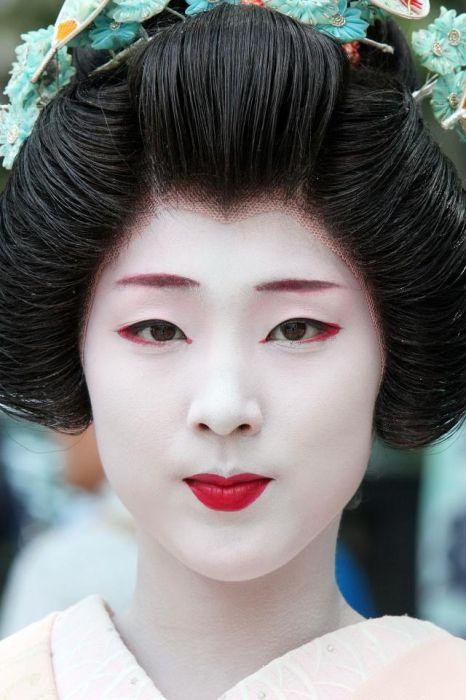 Фото - Зачіски японські: особливості, різноманітність форм
