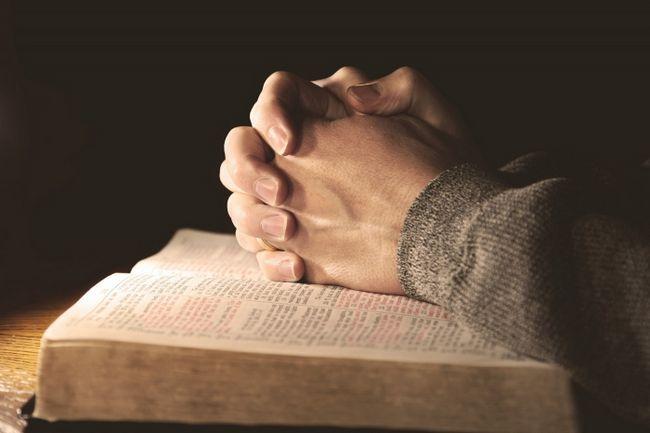 Фото - Сильна молитва на успіх у роботі