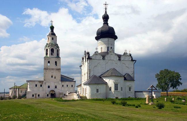 Фото - Свято-Успенський Свіяжскій монастир
