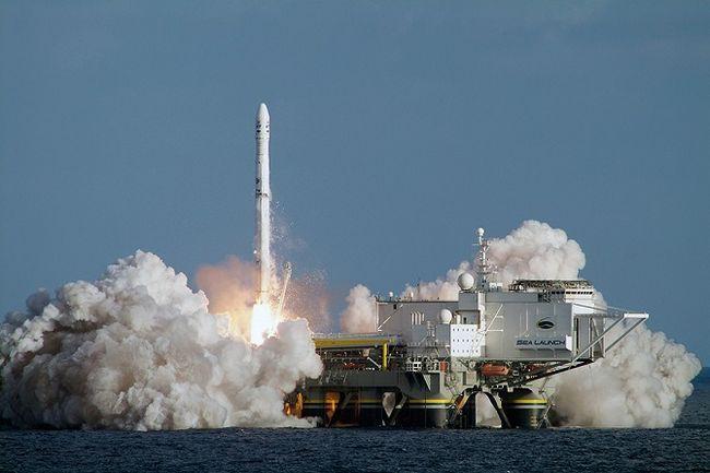 Запуск ракети носія